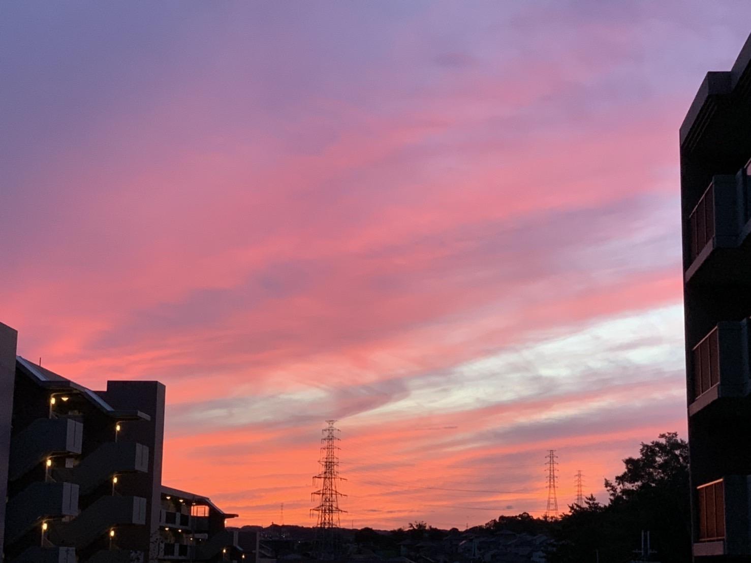 秋の夕焼け 奈良と京都の境目 京都精華町